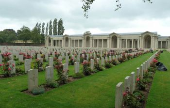Faubourg d'Amiens Cemetery
