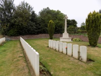 Fresnoy-le-Grand Communal Cemetery Extension