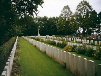 Villers-Faucon Communal Cemetery Extension